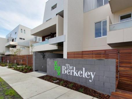 215/8 Berkerly Street, Doncaster, Vic 3108