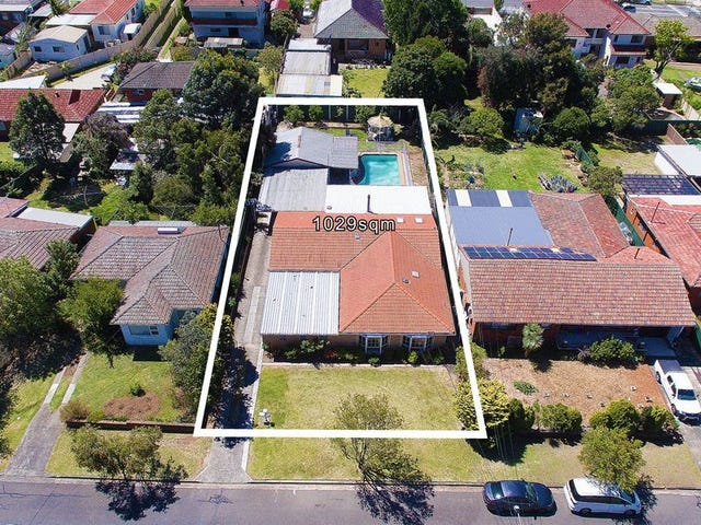 7 Suva Crescent, Greenacre, NSW 2190