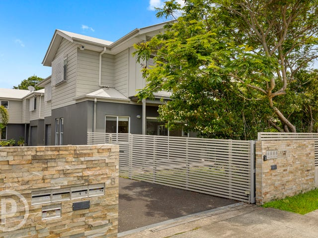 2/8 Leighton Street, Wavell Heights, Qld 4012