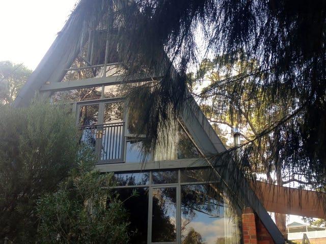 1200 Viveash Road, Swan View, WA 6056