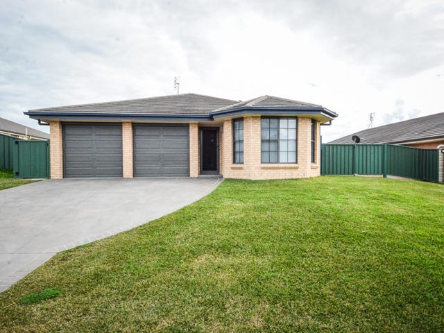 18 Mileham Circuit, Rutherford, NSW 2320
