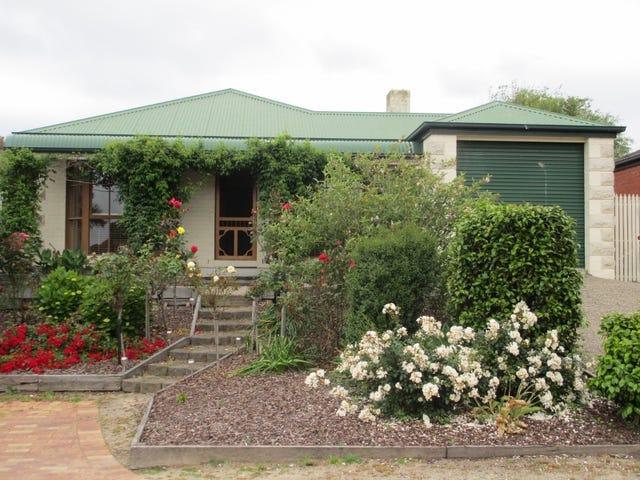 5 Toparoa Lane, Mount Martha, Vic 3934