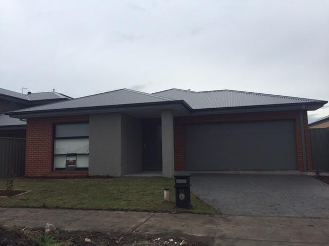 111 Lineham Drive, Cranbourne East, Vic 3977