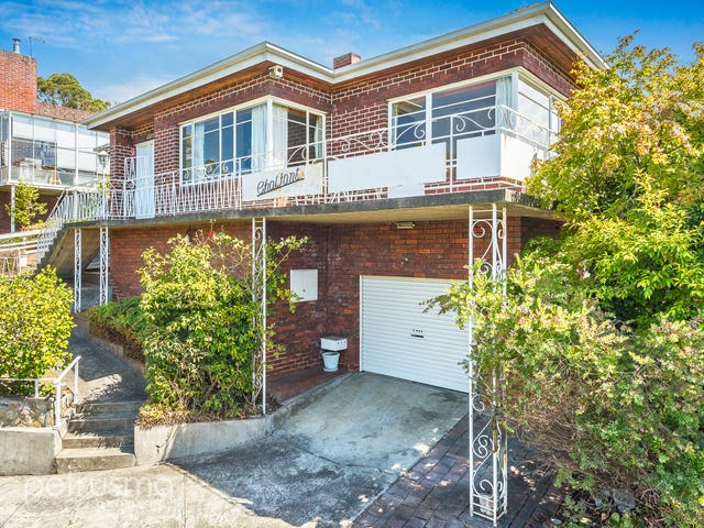 2 Goodhart Place, Sandy Bay, Tas 7005