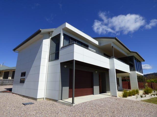 32-34 Seaview Avenue, Beaumaris, Tas 7215