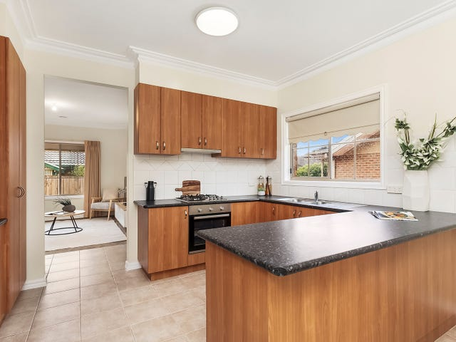 3/157 Deakin Street, Essendon, Vic 3040