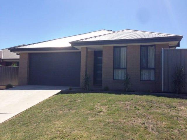 83 Oxford Drive, Thurgoona, NSW 2640