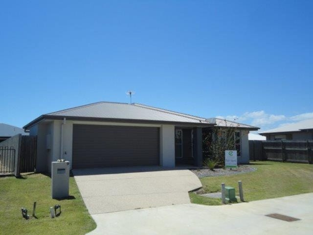 9 Kingslea Court, Ooralea, Qld 4740