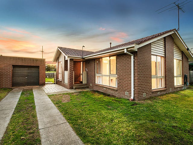 13 Craig Road, Junction Village, Vic 3977