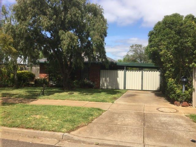 2 Hume Avenue, Melton South, Vic 3338