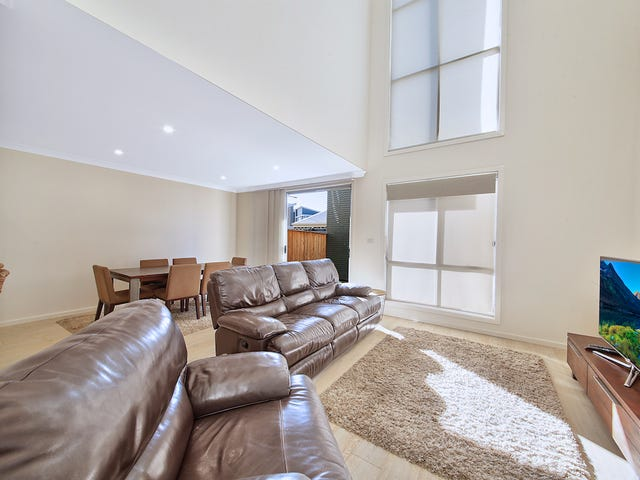 54a Curlewis Street, Gledswood Hills, NSW 2557