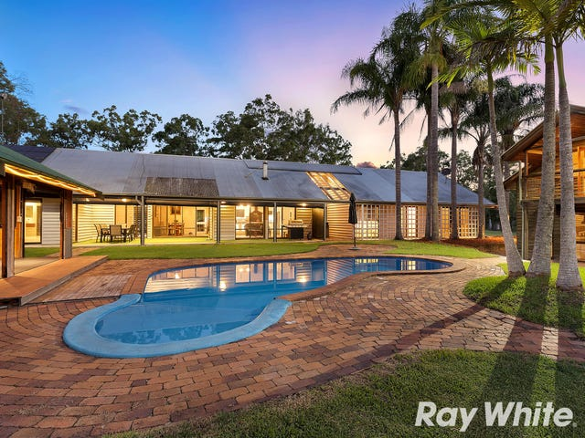 6 Roxburgh Road, Wights Mountain, Qld 4520
