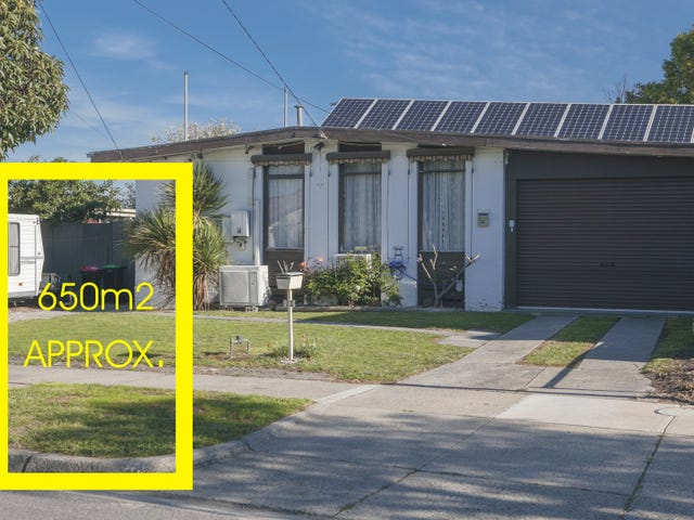 32 Booth Crescent, Dandenong North, Vic 3175