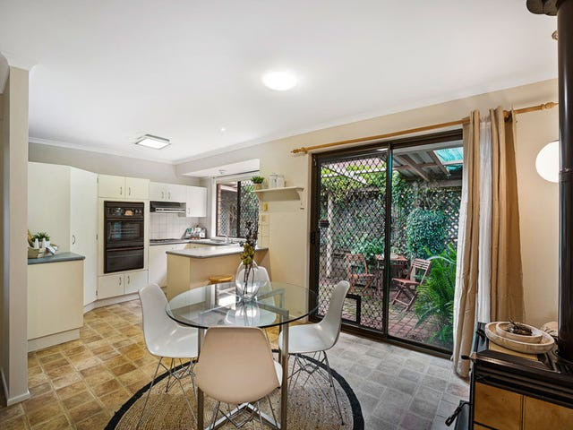 7 Cossart Street, Centenary Heights, Qld 4350