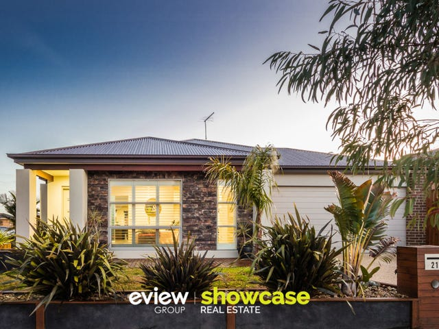 21 Malmesbury Road, Cranbourne North, Vic 3977