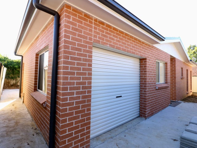 21A Glenroy Street, St Johns Park, NSW 2176