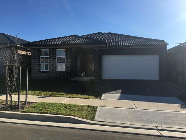7 James Riley Drive, Glenmore Park, NSW 2745