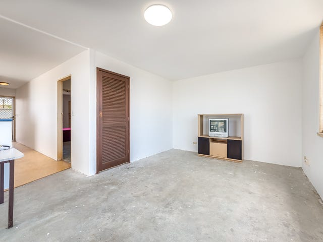 2/2589 Gold Coast Highway, Mermaid Beach, Qld 4218