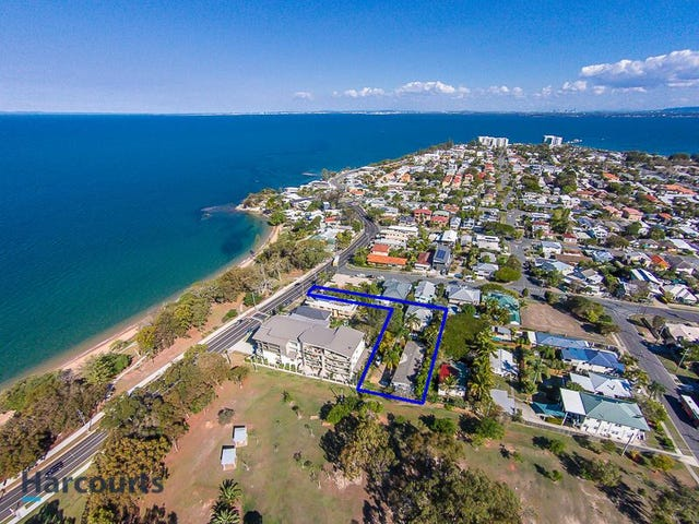 43A & 43B Whytecliffe Parade, Woody Point, Qld 4019