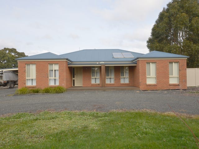 69 Haddon School Road, Haddon, Vic 3351