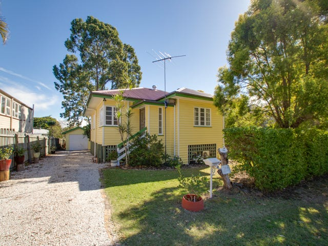 16 Saxelby Street, East Ipswich, Qld 4305