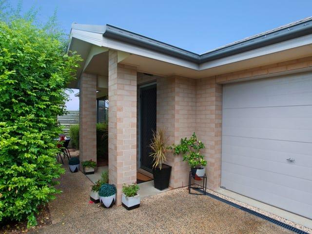 2/56 Clayton Crescent, Rutherford, NSW 2320