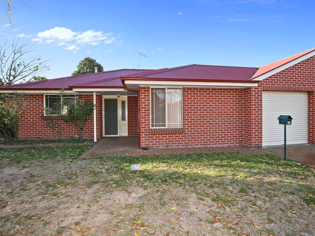 56 LAWSON CRESCENT, Orange, NSW 2800