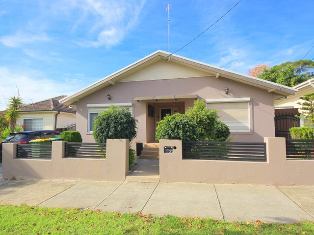 33 Highview Avenue, Greenacre, NSW 2190