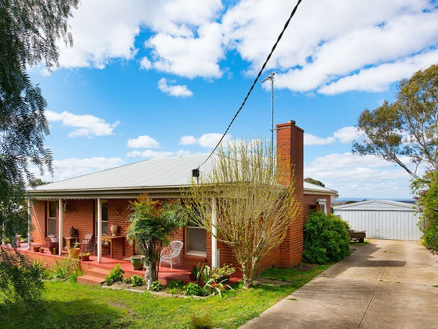17 Parkins Reef Road, Maldon, Vic 3463
