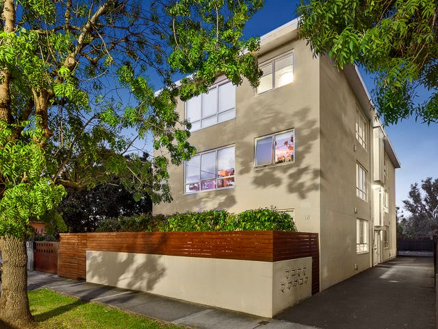 18 Spray Street, Elwood, Vic 3184