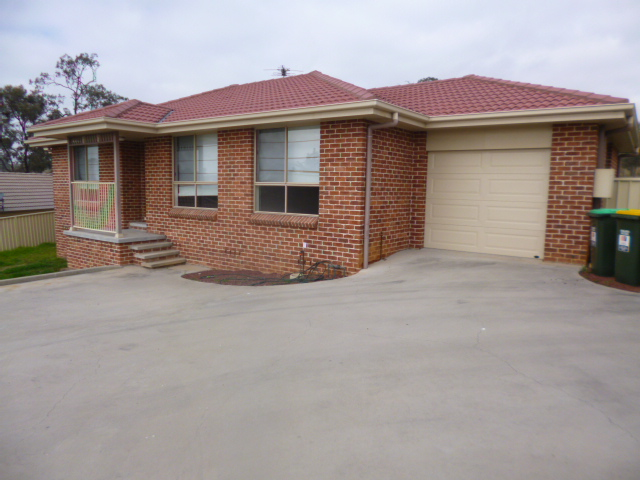 2/9 Lou Fisher Place, Muswellbrook, NSW 2333