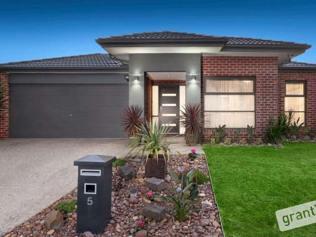 5 Moss Street, Cranbourne North, Vic 3977