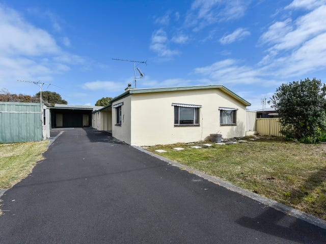 24 Racketts Road, Pelican Point, SA 5291