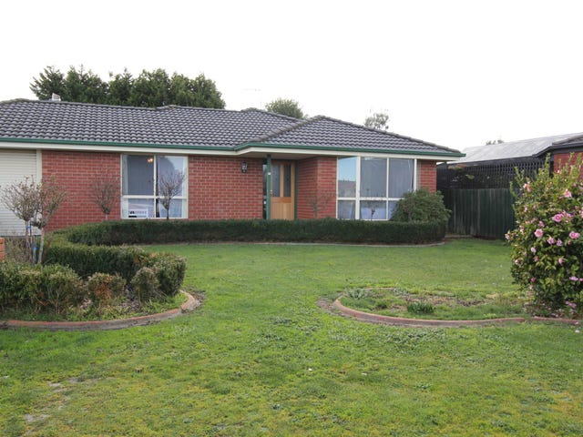 25 Webster Drive, Delacombe, Vic 3356
