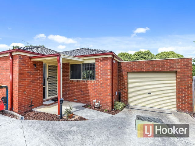 2/5 Balmoral Way, Pakenham, Vic 3810