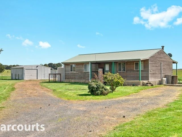 390 Haddon School Road, Haddon, Vic 3351