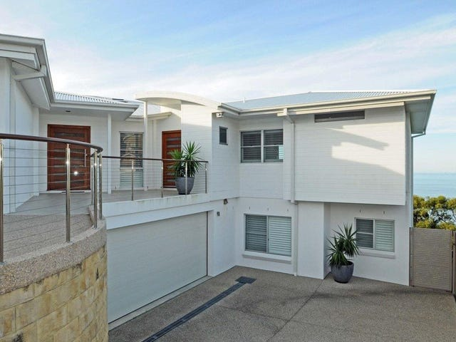 2/15 Seacliff Place, Caves Beach, NSW 2281
