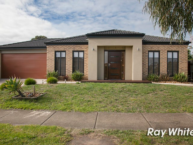 16 Powerscout Retreat, Cranbourne, Vic 3977