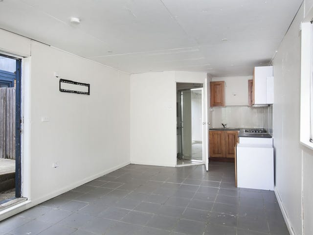 2/18 Ajax Avenue, North Wollongong, NSW 2500