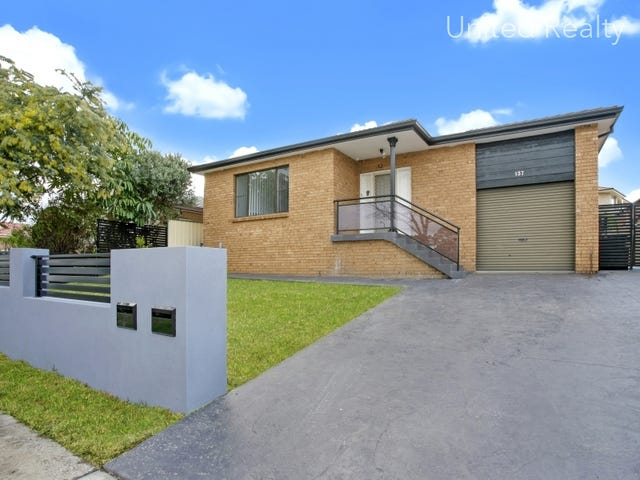 137 Restwell Road, Bossley Park, NSW 2176