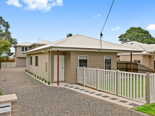 2/235 Geddes Street, South Toowoomba, Qld 4350