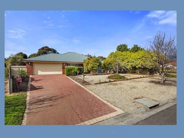 44 Dalray Crescent, New Gisborne, Vic 3438