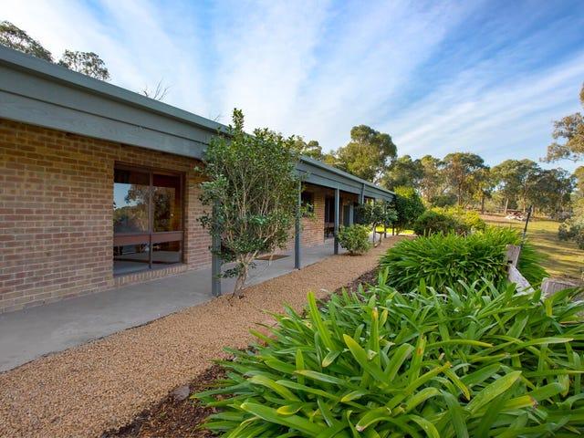 90 Henley Road, Kangaroo Ground, Vic 3097