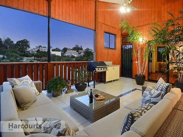 36 Bowers Road South, Everton Hills, Qld 4053