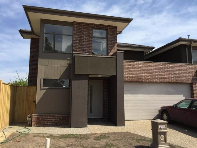 2/10 August Street, Werribee, Vic 3030