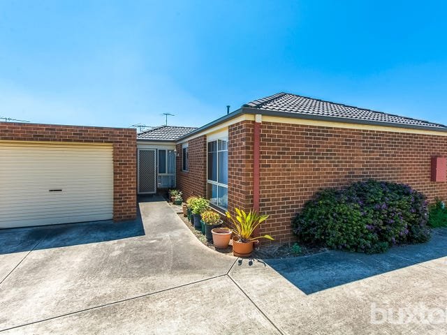 2/33 Shiraz Drive, Waurn Ponds, Vic 3216
