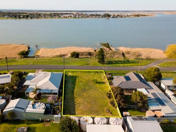45 Captain Sturt Parade, Hindmarsh Island, SA 5214