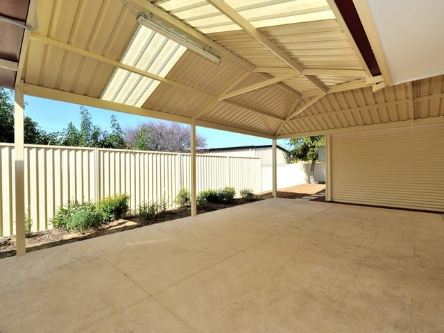 32 Solquest Way, Cooloongup, WA 6168
