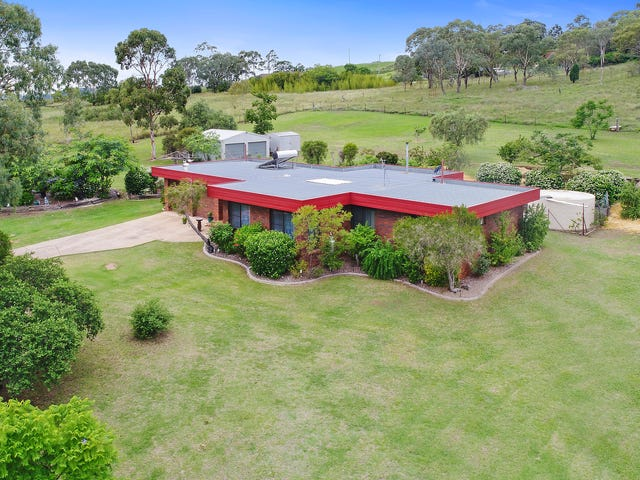 8 Troys Road, Torrington, Qld 4350