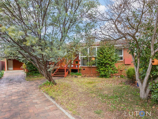 6 Bray Place, Curtin, ACT 2605